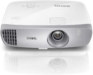 best projector available under $1000